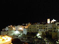 """Panorama, Camera di """"Hotel Covo dei Saraceni"""", Polignano a Mare, Puglia Italia (Luglio)"""