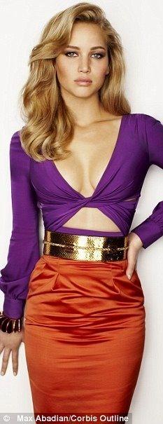 De las MIL veces que he visto este diseño de Gucci, a NADIE le ha quedado mejor... Jennifer Lawrence