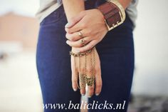 Bali Clicks, Interchangeable Jewelry with Charms that Snap! Simply click the snap charm on and off your leather charm bracelet or other charm jewelry to match your accessory with every outfit. http://baliclicks.nl