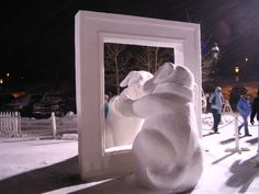 Beautiful Creations in Snow. Its rather rare that you find someone who doesn't like snow globes Tags: Creative Creations in Snow , Beautiful. I Love Snow, I Love Winter, Winter Fun, Winter Time, Snow Sculptures, Sculpture Art, Snowmen Pictures, Ice Art, Snow Art