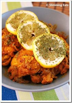 Lemon Chilli Chicken | Slimming Eats - Slimming World Recipes - looks delicious!  You can eat well with great tasting food! #chilli #weightloss
