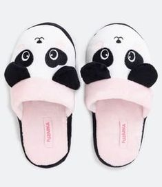 Cute Slippers, Slippers For Girls, Baby Slippers, Fresh Outfits, Cute Girl Outfits, Kids Outfits Girls, Sock Shoes, Baby Shoes, Teen Girl Decor
