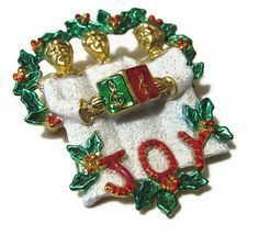 Vintage+Christmas+Brooch+Pin+Joy+Carolers+Gold+by+SharkysWaters