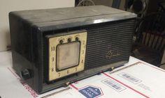 Vintage Sylvania Black & Gold Alarm Clock by VINTAGERADIOSONLINE
