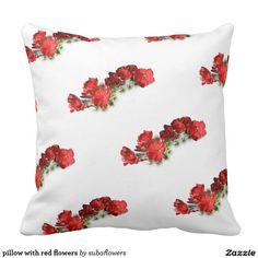 pillow with red flowers sierkussen