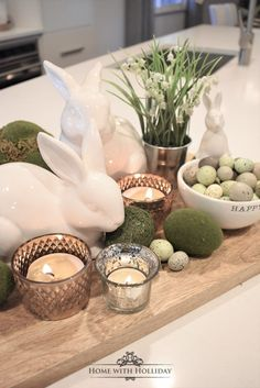 If you are looking for some Tips for Creating Simple Spring or Easter Decor, stop by my new post with some cute and festive ideas! # easter table decor Tips for Creating Simple Spring or Easter Decor - Home with Holliday Easter Dinner, Easter Brunch, Easter Party, Easter Gift, Hoppy Easter, Easter Eggs, Easter Food, Diy Osterschmuck, Easy Diy