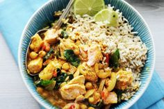 Kijk wat een lekker recept ik heb gevonden op Allerhande! Indiase viscurry met kikkererwten en spinazie