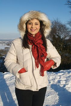 Compact Disc, Leather Gloves, Winter Jackets, Women, Fashion, Winter Coats, Moda, Winter Vest Outfits, Fashion Styles