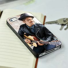 Bruno Mars Guitar Case iPhone 4/4S or iPhone 5 case Or Samsung Galaxy S3/S4 Case