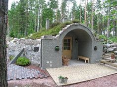I am really starting to like the idea of a hobbit hole as a sauna.