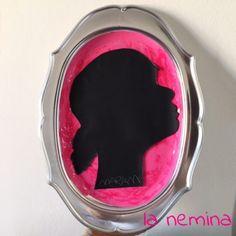 Cornice con ritratto silhouette