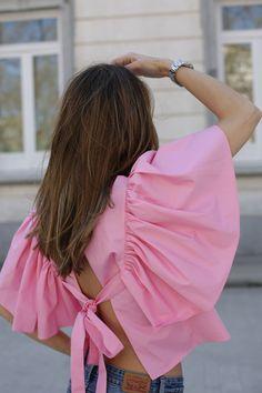 Fashion Details 2017 looks - Lady Addict Fashion Design Sketchbook, Zara Shirt, Ruffle Shirt, Asymmetrical Tops, Classy Dress, Zara Tops, Boho Tops, Fashion Details, Outfits
