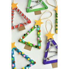 Bom dia bom dia bom dia!!! Palitos de picolé, tinta, cola, e materiais alternativos. Dica para decorar e brincar o Natal que se aproxima! 🎅⛄🌠🎄 #filhoterapia #eupratico #filhos #maternidade #diy #pinterest #tdah #professora #dica #decoração #rena #atividade #recicle #reutilize #natal #instamamãe #papainoel #pintando7 #brincaremfamília #palitodepicolé #bonecodeneve #arvoredenatal