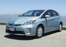 California extends HOV lane access for plug-in cars to 2019