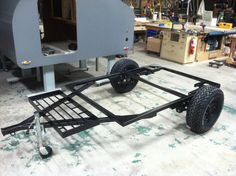 Teardrop Build Pictures: How an Oregon Trail'R Teardrop is Built. Off Road Teardrop Trailer, Teardrop Trailer Plans, Building A Teardrop Trailer, Teardrop Camper Trailer, Diy Camper Trailer, Kayak Trailer, Small Camping Trailer, Small Camper Trailers, Camping Trailers