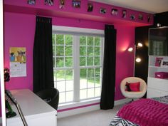 Lexie's Hot Pink and Black Zebra Bedroom - Girls' Room Designs - Decorating Ideas - HGTV Rate My Space Rock Bedroom, Bedroom Decor, Decorating Bedrooms, Bedroom Black, Bedroom Ideas, Bedroom Wall, Leopard Bedroom, Kids Bedroom, Dream Bedroom