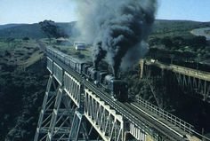 Fabulous postcards of Steam Trains and Modern Traction from Southern Africa brought to you by Vidrail. South African Railways, Steam Railway, Blue Train, Railway Museum, Victoria Falls, African Countries, Steam Locomotive, Landscape Photography, Postcards
