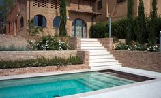 Swimming Pool In Pink Prun Limestone Supply And Laying - Picture gallery