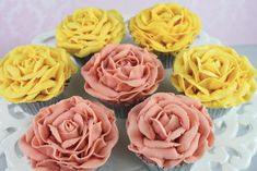 Vintage-rose-cupcakes-2
