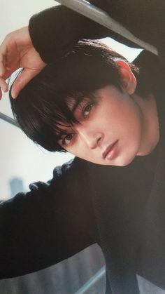 Korean Boys Hot, Ryo Yoshizawa, One Ok Rock, Japanese Boy, Ulzzang Boy, Drawing Poses, My Crush, Asian Beauty, Black Hair