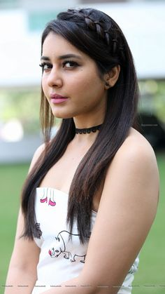 Hot and sexy Bollywood tempting south Indian movie Actress rashi Khanna very cute beautiful photos and wallpapers with navel boobs show in s. Indian Celebrities, Famous Celebrities, Celebrity Biographies, South Actress, Indian Models, Model Photos, Indian Beauty, Bollywood Actress, Indian Actresses