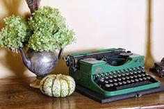 Vintage Royal portable typewriter @ houseofhawthornes.com