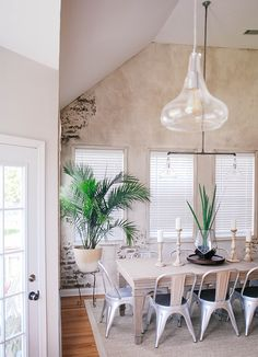 Dining room // unfin