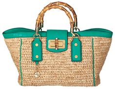 Milly beach bag with bamboo handles