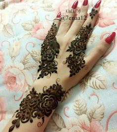 Check out this post - 'Latest trend of henna' by Shaheen Sultana ( and other interesting posts by lakhs of people on Roposo TV Arabic Henna Designs, Henna Designs Easy, Henna Tattoo Designs, Mehndi Tattoo, Mehandi Designs, Henna Mehndi, Henna Art, Arabic Design, Mehndi Art