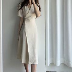 Fashion Tips Dresses .Fashion Tips Dresses Modest Outfits, Classy Outfits, Modest Fashion, Chic Outfits, Fashion Dresses, Long Skirt Outfits, Korean Fashion Trends, Asian Fashion, Fashion Black