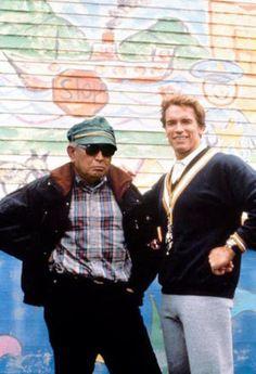 「キンダーガートン・コップ」撮影中のアーノルド・シュワルツェネッガーを訪問した黒澤明