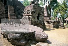 turtle rock temples indonesia | Flat backed turtle dias in front of main temple of Candi Sukuh, on ...