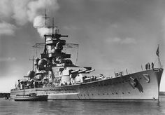 German capital ship Gneisenau alternatively described as a battleship and battlecruiser of Germany's Kriegsmarine. She was the lead ship of her class, which included one other ship, Scharnhorst. Naval History, Military History, Cruisers, Les Fjords, Heavy Cruiser, Capital Ship, Navy Ships, Aircraft Carrier, Royal Navy
