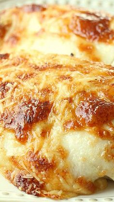 Creamy Swiss Chicken Bake ~ The Flavors of Chicken, Sour Cream and a Bit of Swiss & Parmesan Cheese, Make This Recipe Oh So Delicious! - wonder if you could use Greek yogurt instead of the mayo and sour cream? Baked Chicken Recipes, Meat Recipes, Cooking Recipes, Recipies, Chicken Flavors, Entree Recipes, Cooking Time, Swiss Chicken Bake, Sour Cream Chicken