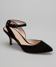 Very nice kitten heel