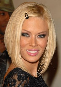 perfect bob--but must have super straight hair to pull it off!  I learned this the hard way!!