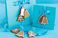 Jingle+all+the+way+with+these+fun+gingerbread+bikkies+that+double+as+tree+decorations.