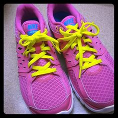 Nike Flex 2013 Run Fun hot pink Nike Flex Runs *Like New* Only worn once. Nike Shoes Athletic Shoes