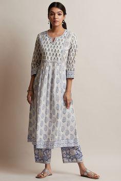 Designer Wear: Shop Designer Ethnic Wear by Farida Gupta Simple Kurta Designs, Kurta Designs Women, Stylish Dress Designs, Designs For Dresses, Stylish Kurtis Design, Casual Indian Fashion, Indian Fashion Dresses, Dress Indian Style, Ethnic Wear Designer