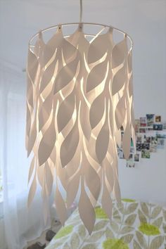 Amazing DIY paper craft ideasIf you have a firm grip on the artwork, you can visualize your creativity in the form of a DIY paper lamp. In this project, you can capture the DIY paper Homemade Lamp Shades, Homemade Lamps, Paper Lampshade, Lampshades, Lampshade Ideas, Skateboard Lampe, Diy Luz, Rustic Lamp Shades, Ceiling Lamp Shades