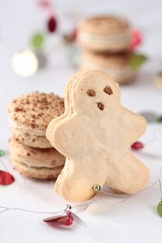 Gingerbread Men Macarons by tartelette, #Macarons Gingerbread_Men