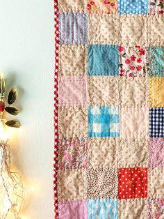Alicia Paulson's Swedish summer quilt; darling!!