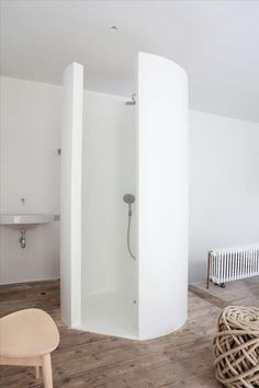 shower ??? using the mouldable italian wall cladding that can be tiled over?