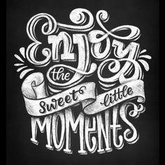 Welcome Chalkboard, Chalkboard Art Quotes, Chalkboard Typography, Chalk Lettering, Chalkboard Designs, Hand Lettering Quotes, Office Artwork, Bullet Journal Inspiration, Journal Ideas