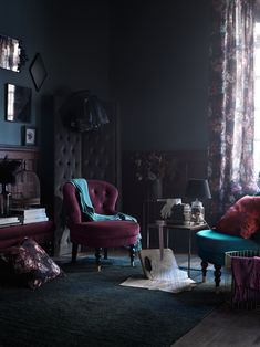 Introducing Modern Victorian and How To Do It In Your Home - Emily Henderson pin + insta // @ f o r t a n d f i e l d ♥ modern Victorian, dark paint w/ dark floral curtains, room divider Gothic Interior, Interior Modern, Home Interior, Interior Design Victorian, Pastel Interior, Studio Interior, Interior Doors, Interior Lighting, Interior Styling