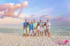 Destin big family session, big family beach photo, Destin Florida photographer, what to wear for family photos