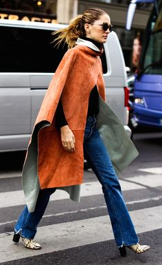 Street Style - Suede Cape