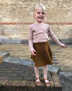 Ravelry: Dandelion Skirt pattern by PetiteKnit Baby Patterns, Stitch Patterns, Knitting Patterns, Barnet, Circular Needles, Finger Weights, Stockinette, Knitting For Kids, Handmade Baby