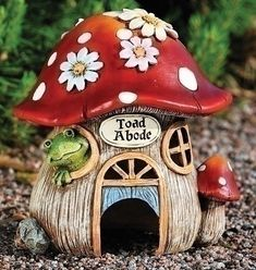 Roman Pack of 2 Whimsical Toad Abode Mushroom House Garden Statues Frog House, Toad House, Gnome House, Clay Fairy House, Fairy Garden Houses, Gnome Garden, Clay Projects, Clay Crafts, Outdoor Garden Statues