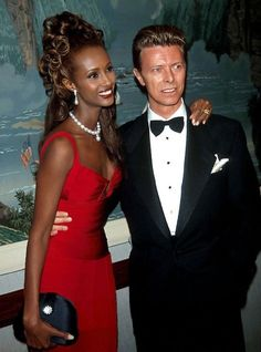 Iman Bowie, Iman And David Bowie, David Bowie Fashion, Halle Berry Body, Interacial Couples, Sweet Love Story, The Thin White Duke, David Jones, Celebrity Couples